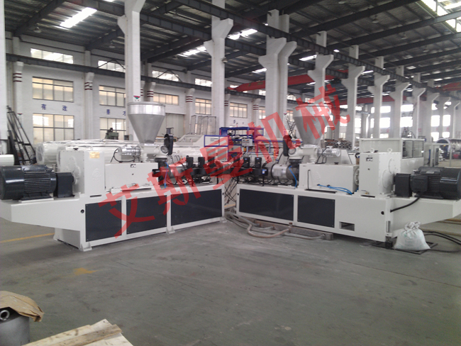 PVC solid pipe production line